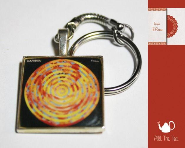 Portachiavi - Portachiavi cammeo album - Swim - un prodotto unico di AllTheTea su DaWanda #handmade #jewelry #accesories #DIY #ideas #gifts #vintage #unique #resin #glass #cabochon #buttons #keyring #charms #chain #cameo #indie #hipster #indierock #indiepop #alternative #alternativerock #album #art #cover #cd #music #teaparty #tealove #portachiave #medaglione #ciondolo #resina #vetro #musica #gruppi #gruppimusicali #copertina #fan #fanart #Swim #Caribou