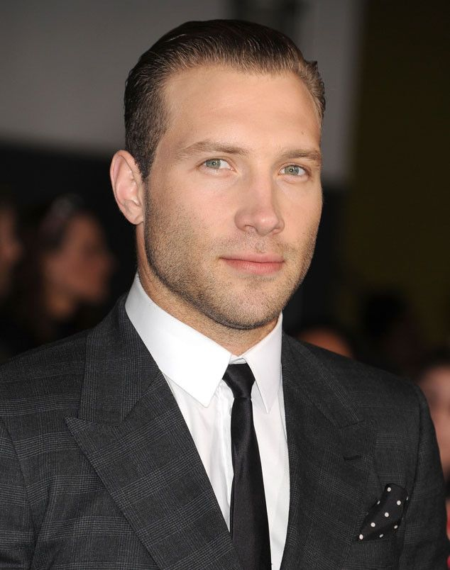 Jai Courtney, Terminator Genisys Star: 5 Things to Know About the Australian Hottie  Jai Courtney