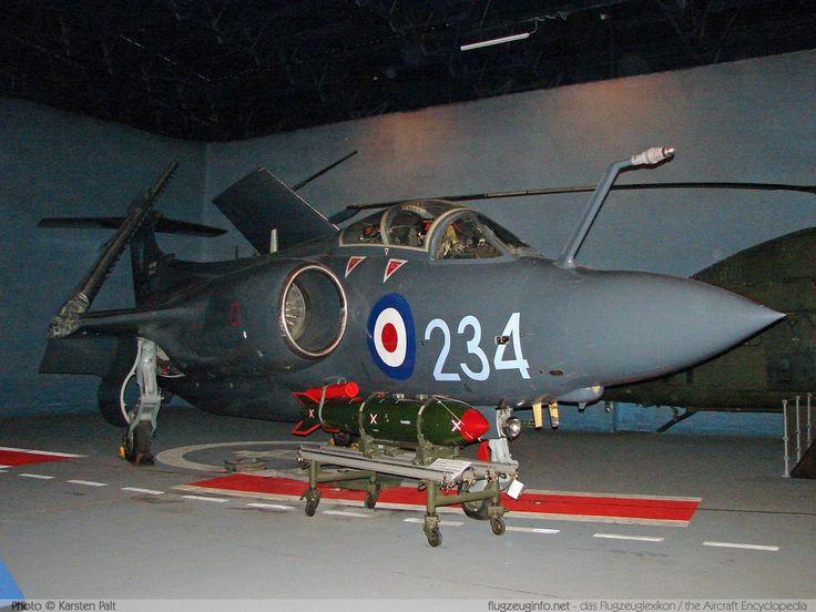 Blackburn / Hawker Siddeley Buccaneer S.2B Royal Navy XV333 B3-11-66 Fleet Air Arm Museum Yeovilton 2008-07-13 � Karsten Palt, ID 1149