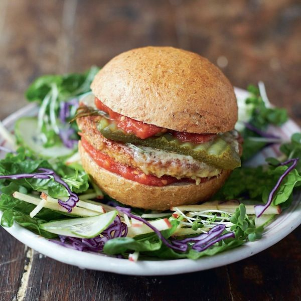 From his new cookbook, EveryDay Superfood, Jamie Oliver shares a recipe for healthy veggie burgers. Find this recipe and more at Chatelaine.com