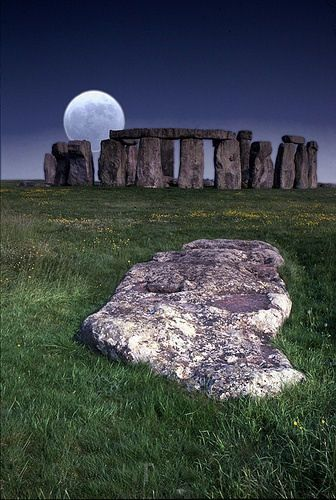 stonehenge, a megalithic stone circle ~ late neolithic .. located near amesbury in wiltshire, england, about 8.5 miles north of salisbury