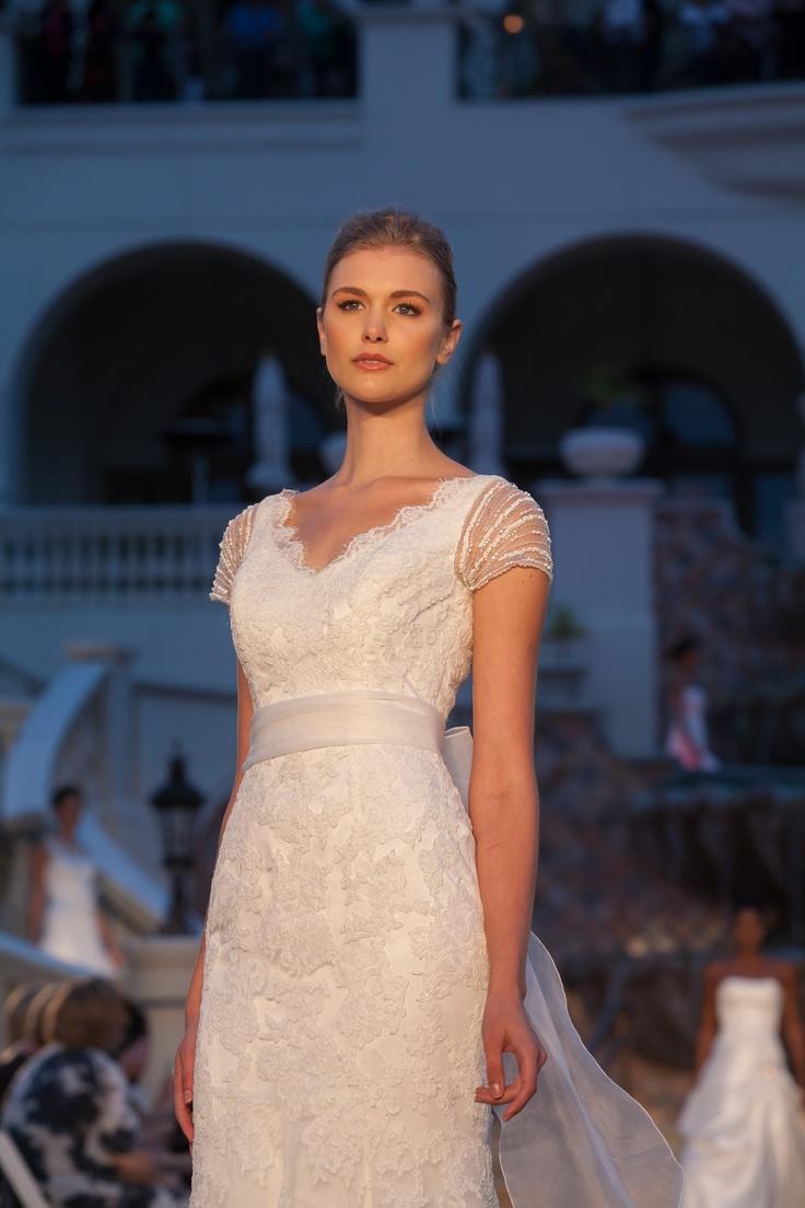 38 besten Hochzeitskleider Bilder auf Pinterest | Hochzeitskleider ...