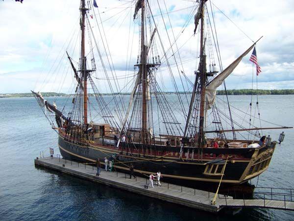 HMS Bounty model ship plans