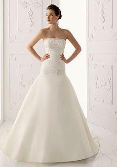 Simple Sirena Sin Tirantes Plisados Con Cuentas Corte Waist Cola De Capilla Vestido De Boda Con Apliqué $276.99 Vestidos de Sirena de novia