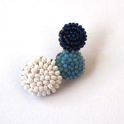 「 Mie さまオーダー品」ohana brooch - dew white blue