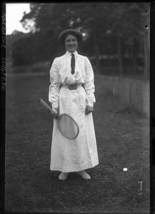 Miss Aitchinson, tennis player by Agence Rol, 1912. National Library of France, Public Domain