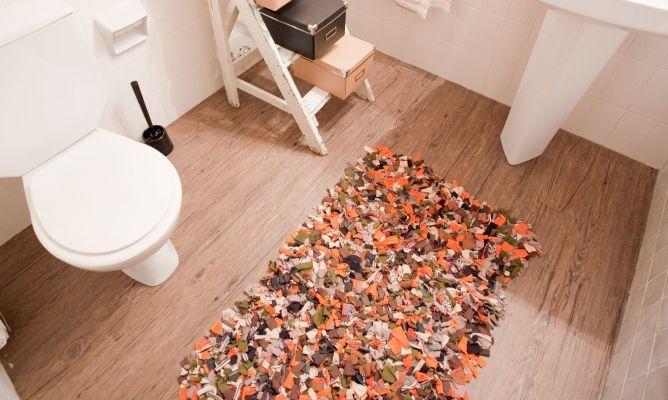 Cómo hacer una alfombra de baño