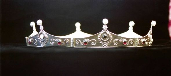 #19 - Baronial Coronet with laurel wreath design.  Sterling silver set with garnet, black star diopside, moonstone, and cultured freshwater pearl.