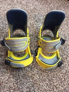 a burton custom snowboard bindings yellow grey medium croatia
