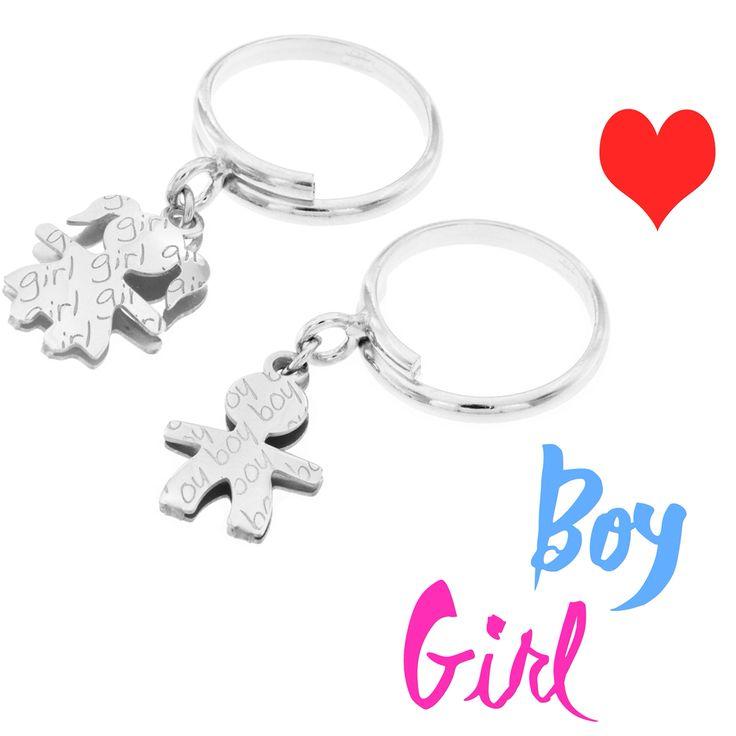 Anelli con Boy e Girl in Argento 925. #anello #fashion #moda #style #argento925 #bimbo #bimba #famiglia