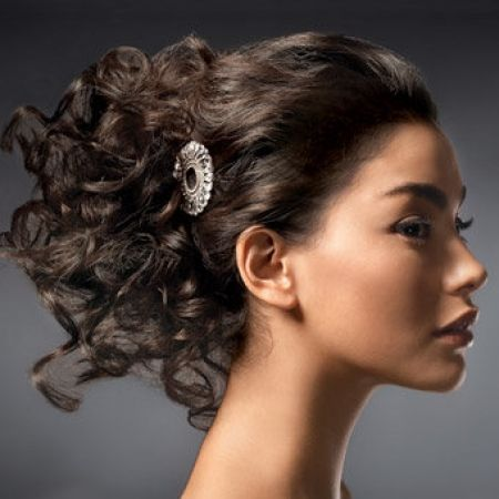 acconciatura per capelli ricci