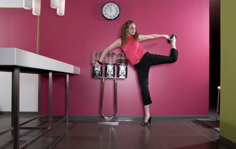 Internazionale » La stanza dei grafici » Sette modi per migliorare la postura al lavoro