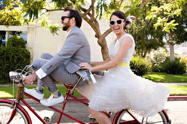 Op fiets/tandem naar bruiloft