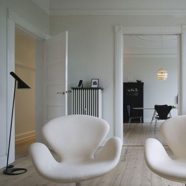 AJ Gulv Sort - Gulvlampe - Arne Jacobsen