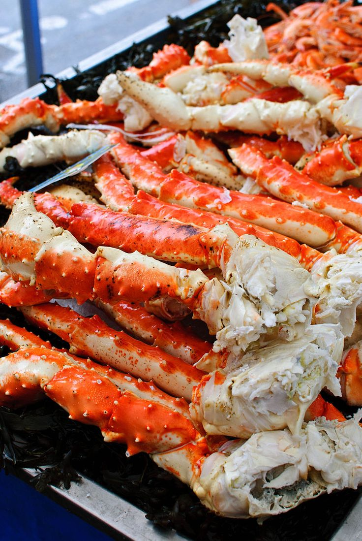 Crab legs are really delicious and there are various ways to cook them...