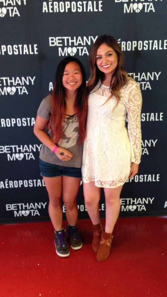 15 best beths meetups images on pinterest bethany mota noel and beth and a fan at the nyc times square meetup july 27th bethany motatimes m4hsunfo