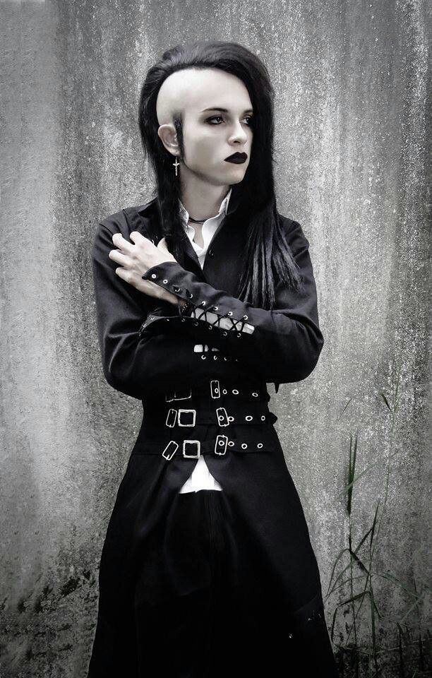 goth a satirical subculture Goth subculture, the goth subculture is a contemporary group of people within a culture who adopt fashion elements such as black clothing, dyed black hair, dark e the goth subculture of the 1980s drew inspiration from a variety of sources some of them were modern or contemporary, others were.