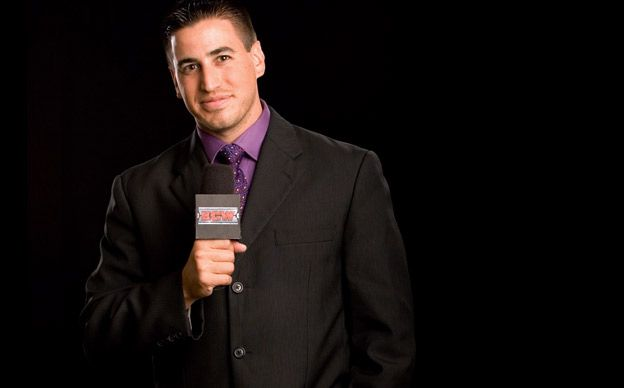 WWE Ring Announcer Changes?, Roberts Seen Yelling at Cole, More - http://www.wrestlesite.com/wwe/wwe-ring-announcer-changes-roberts-seen-yelling-cole/
