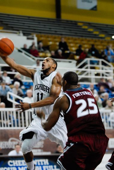 Lehigh's men's basketball loses to University of Pittsburgh 77-58