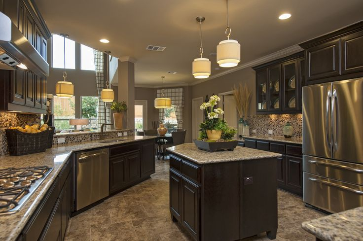 Taylor morrison model homes taylor morrison for Model home kitchens