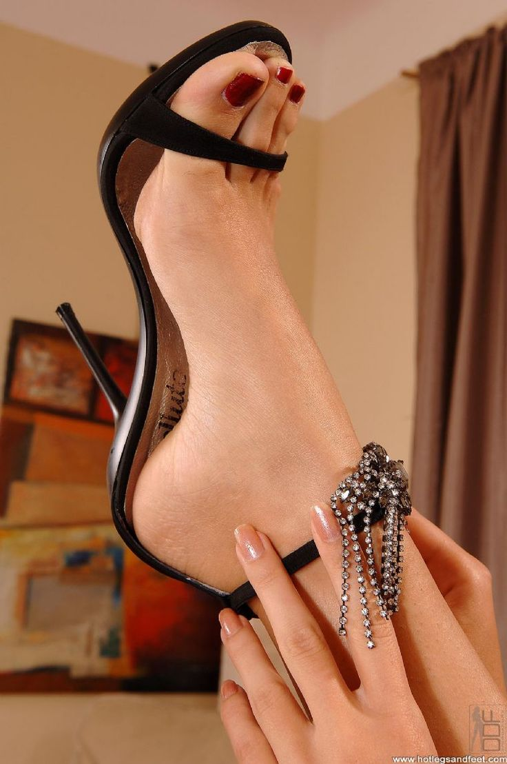 102 best sexy legs and high heels images on pinterest | sexy feet