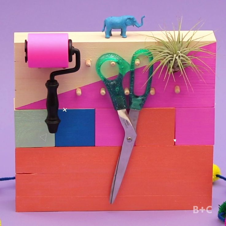 Learn how to make a mini pegboard to keep your desk organized by following this easy video DIY tutorial.