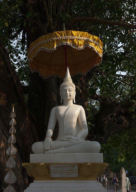 Buddha Statue, Thakhek, Laos