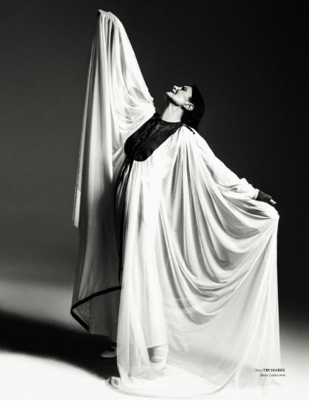 Graceful! Worldwide acclaimed dancer Carla Fracci in a TRUSSARDI floating tulle dress portrayed by Michael Avedon in The Fashionable Lampoon #TrussardiEditorials #Trussardi #CarlaFracci