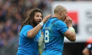 Italys Sergio Parisse is backed despite crucial miss against France