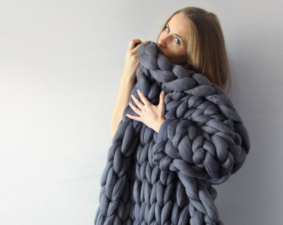 Ohhios Grande Punto blankets  Ohhio Blanket is just perfect for a couple. Hug each other and wrap in it. Do you have that feeling of floating in a warm and