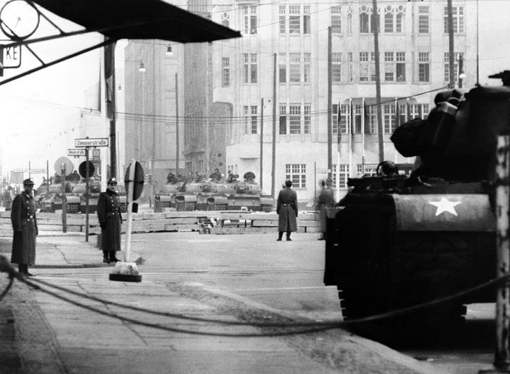 A U.S. tank takes position at Zimmerstrasse at the sector border in Berlin, Germany in 1961, pointing towards Soviet tanks across the border in East Berlin. (AP Photo)