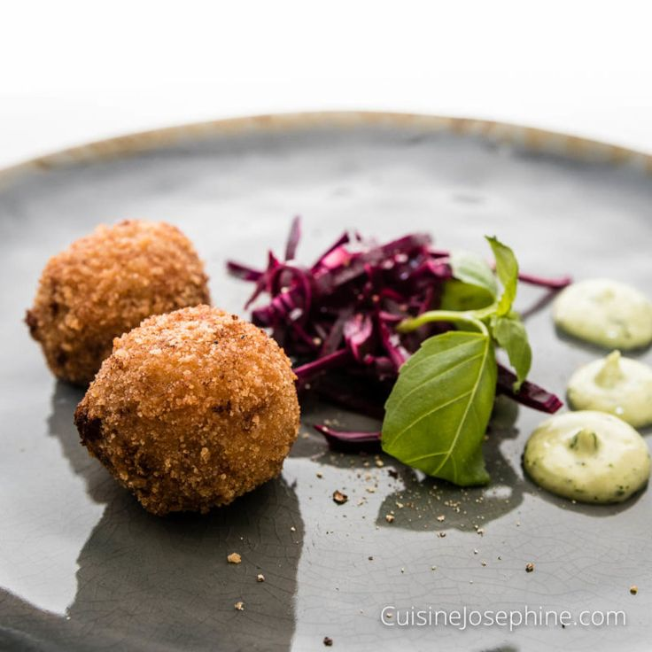 This is the dream team of crispy gluten free Duck Croquettes made from shredded confit duck legs and gruyere cheese, served with pickled red cabbage and a coriander aioli - You have to check it out on link in profile You won´t regret it! #croquette #duck #glutenfree #foodporn #handmade #beautifulcuisines #feedfeed #foodie #foodinspo #foodpassion #foodpics #recipeoftheday #onthetable #forkyeah #kale #aioli #instafood #glutenfritt #cheese #gruyère #gourmetfood