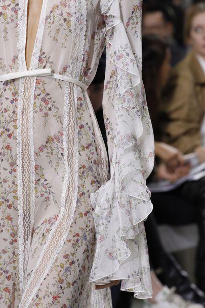 Giambattista Valli Spring/Summer 2017 Ready-To-Wear Details   British Vogue