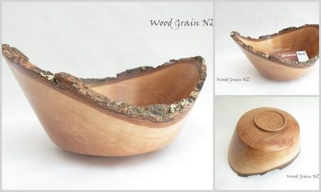 Pohutukawa Natural Edge Bowl Pohutukawa Bowl with Natural Bark Edge - Sorry this item has been sold, however we can custom make a bowl to suit your needs.  Please contact us to discuss further.