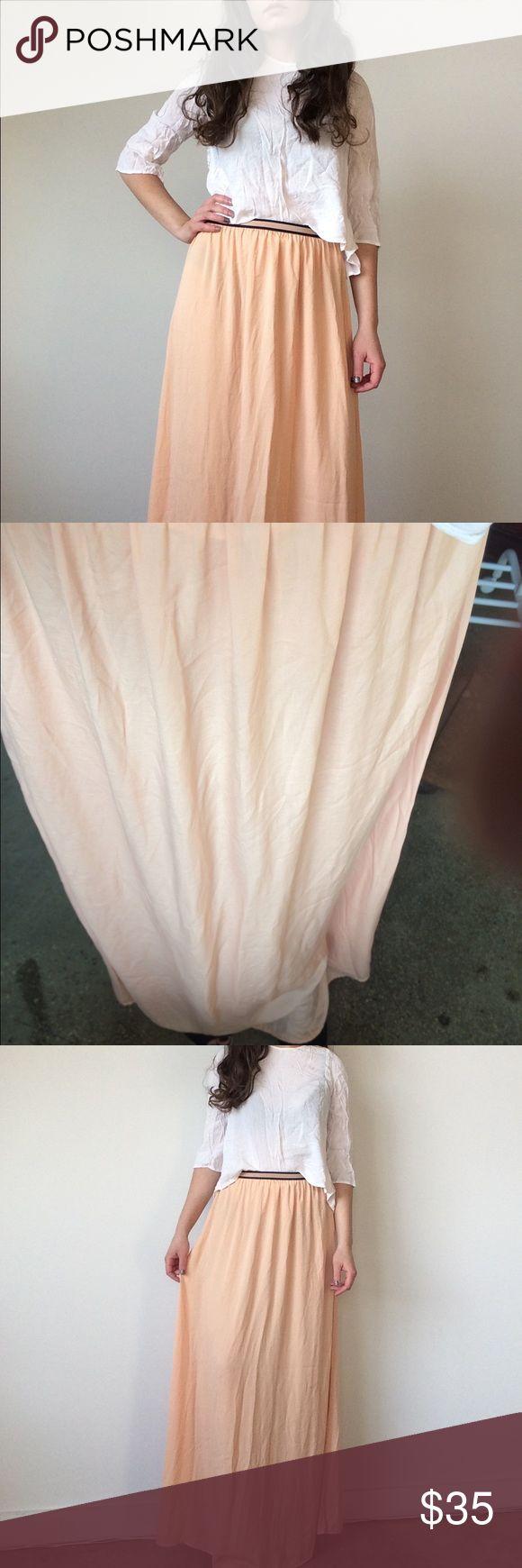 Zara maxi dress Cute peach maxi dress. Very light, great for summer time. Never worn Zara Skirts Maxi