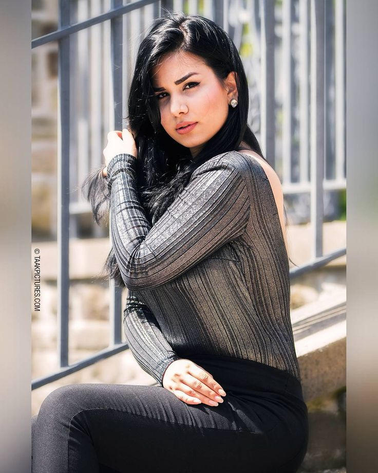 Taak Fashion/Glamour Modeling Photography - Habib Collection Spring 2017 Model: @gisouakhavan Photographer: @pourya_ali _______________ #summer #top #torontomodels #tbt #black #girls #modeling #toronto #newyork #torontomodeling #mua #makeup #torontomakeup #fashion #edits #fashionable #photoshoot #dress #hairstyles #models #stylish #girl #model #color #beauty #pants #hair #modelingagency #torontofashionweek #classic