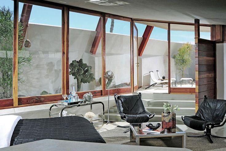 Hotel Lautner // Desert Hot Springs, California.