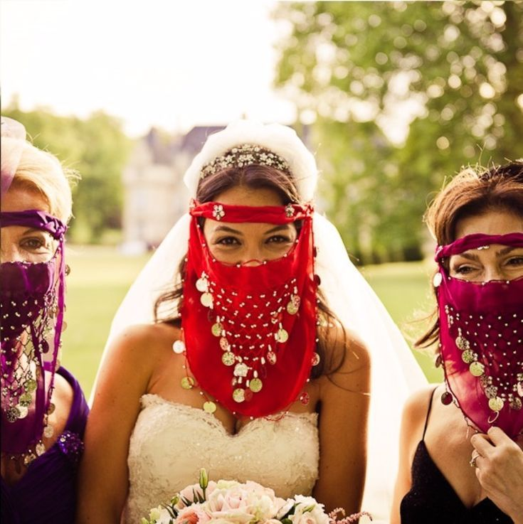 Why are red & gold so important in Turkish wedding…