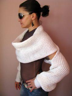 CLEARANCE SALE 50% OFF Shrug Fashion White por knittingFashion