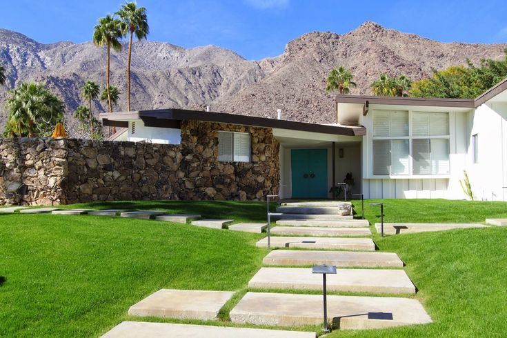 Walking Tour Vista Las Palmas Palm Springs Modernism