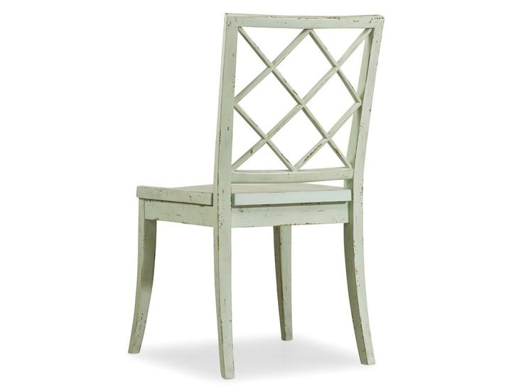 Само название коллекции Sunset Point уже говорит само за себя, мебель этой коллекции светлая и легкая, оригинальная и простая, она однозначно добавит уюта в Ваши апартаменты. Стул Sunset Point из коллекции Sunset Point. •Стул составит отличный комплект с ...             Метки: Кухонные стулья.              Материал: Дерево.              Бренд: Hooker Furniture.              Стили: Лофт, Прованс и кантри.              Цвета: Белый, Светло-серый.