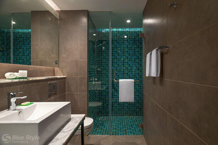 Koupelna v pokoji řady Standard.