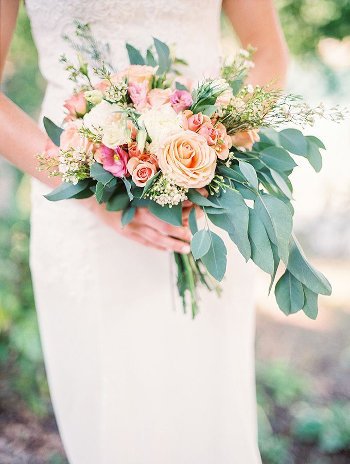 romantic lakeside wedding bouquet