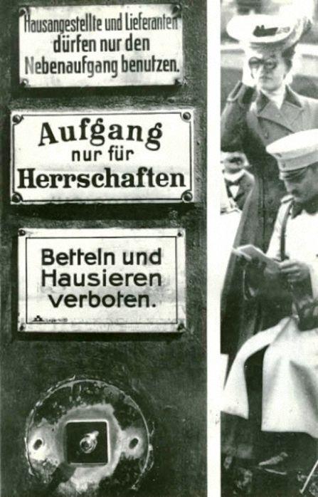 Berlin, Hausschilder, Soziale Gegensätze im Kaiserreich, um 1911.