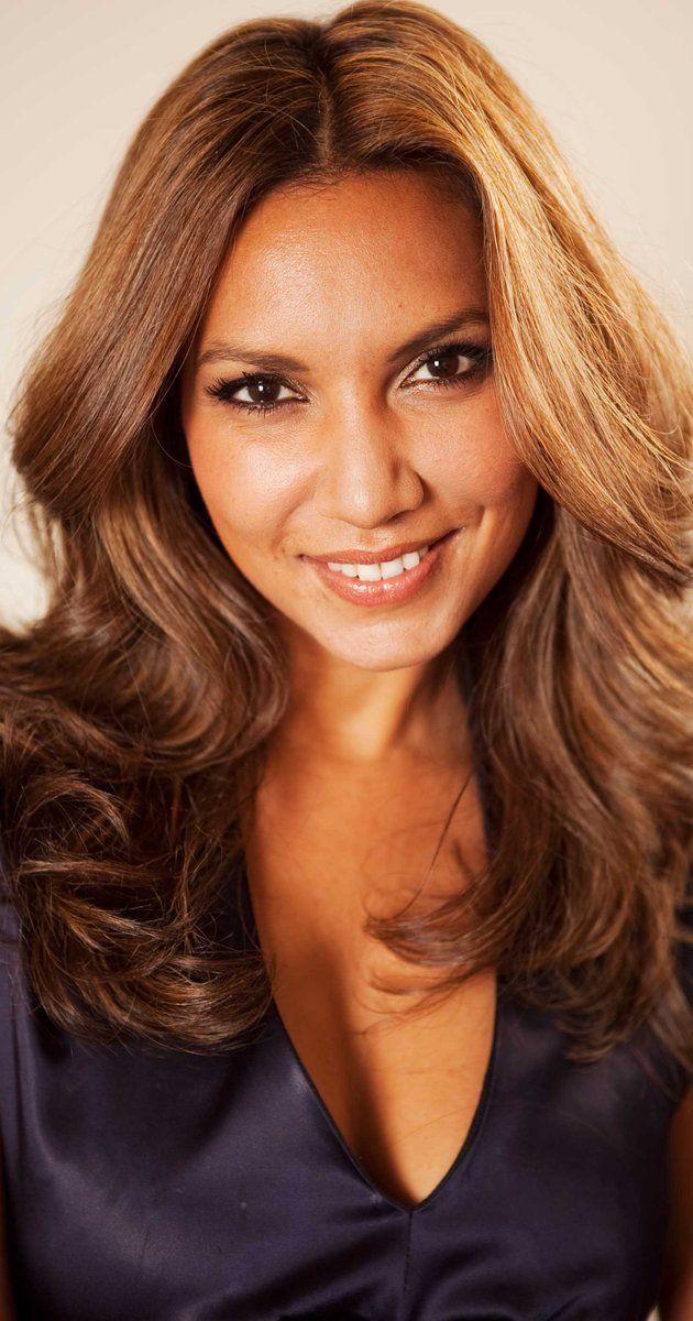 Vandana de Boeck (October 7, 1977) Belgian presenter, actress, model and announcer.