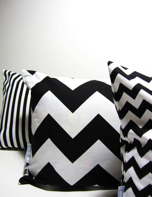Kissenhülle Chevron // pillow case with chevron pattern via DaWanda.com