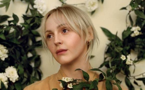 """""""My most useful revelation in the last few years was to permit myself to find women beautiful"""": Musician Laura Marling"""