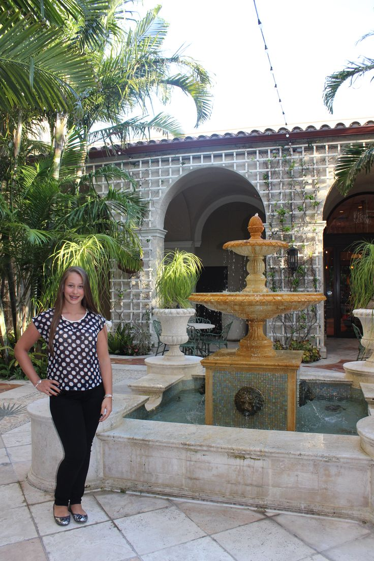 The Breakers - Palm Courtyard