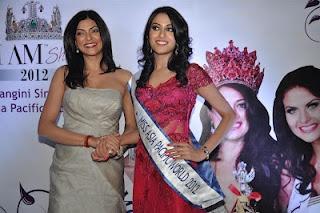 Miss Aisa Pacific 2012 Winner Himangini Singh Yadu and Sushmita Sen at Press Conference. | Bollywood Cleavage