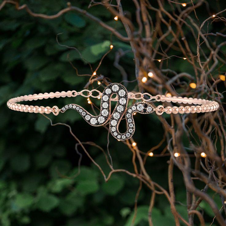 Kurshuni sterling silver snake bracelet. 🐍